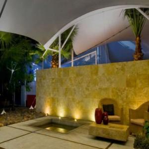 scenery-pool-iluminacion-jardines-piscinas-madrid-01