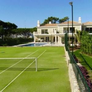 scenerypool-instalaciones-pistas-tenis-cesped artificial-particulares